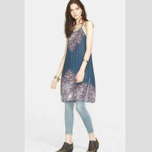 FREE PEOPLE Starry Sky Printed Tunic in Night - S